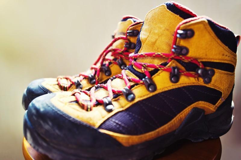 【2020年版】女性におすすめ初めての登山靴10選
